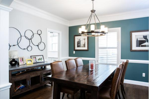 Dining room with green wall
