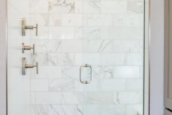 Contemporary marble shower