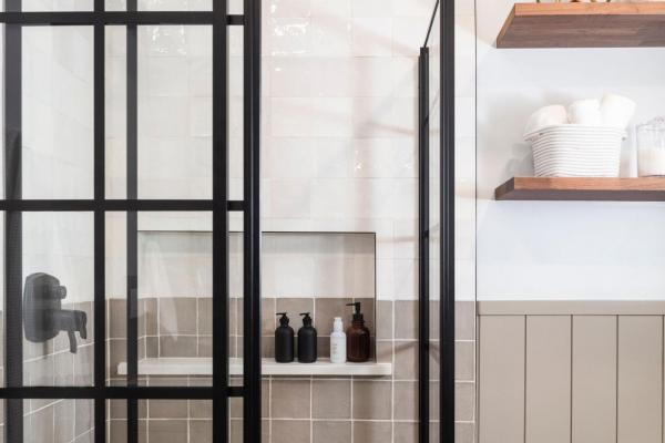 Black grid shower walls